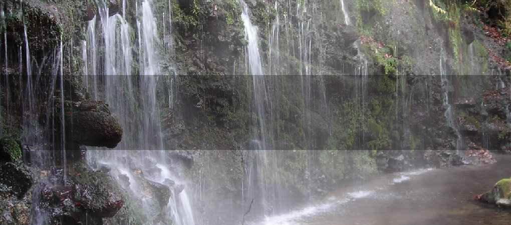 千条の滝01
