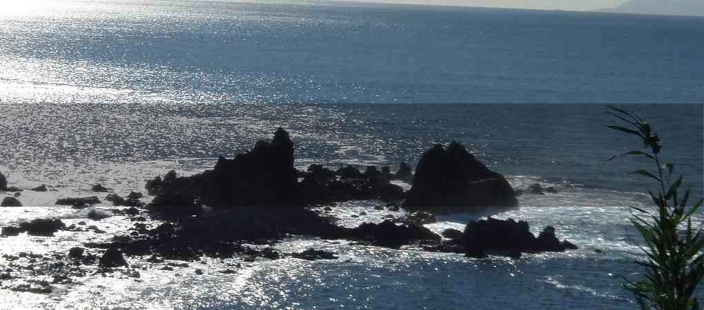 三ツ石海岸01