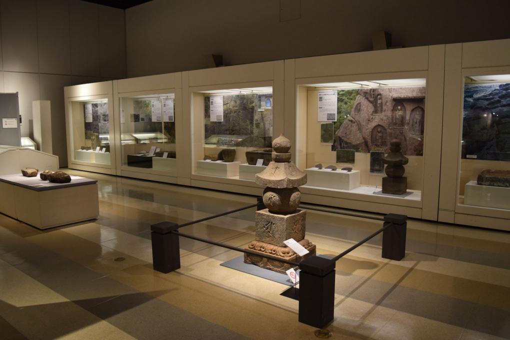 神奈川県立生命の星・地球博物館で企画展「石展2」が開催されます