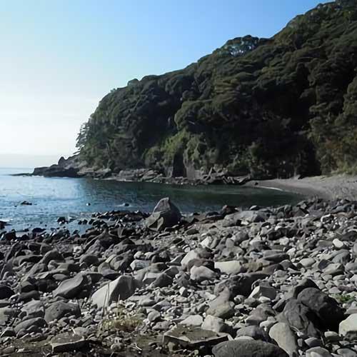 真鶴半島採石場跡イメージ